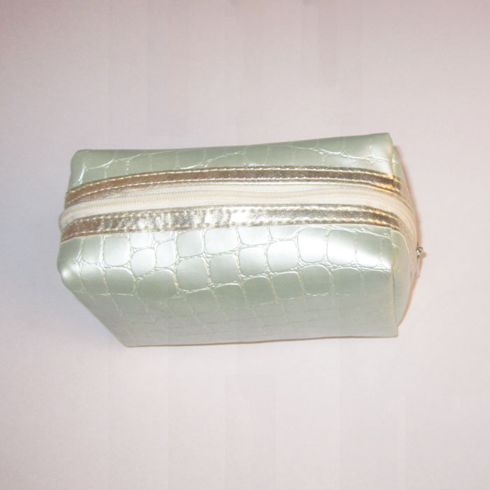 light green snake sking cosmetic makeup case wholesales